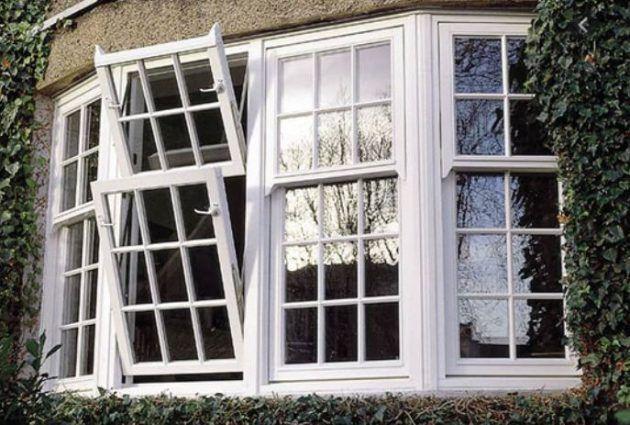 ترمز النوافذ إلى العيون والأصوات أي الحناجر