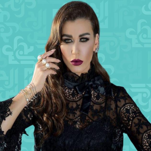 نادين الراسي وخطيبها الرجل يمشّط شعرها - صورة