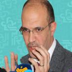 تقديس وزير الصحة واللعب بصوره ليبدو بطلاً - صورة