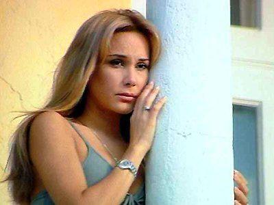 نتاليا ستريغنارد من ٢٠ عامًا