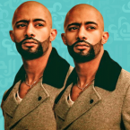 محمد رمضان أمام البحر يغني لمحبيه - ٢ فيديو