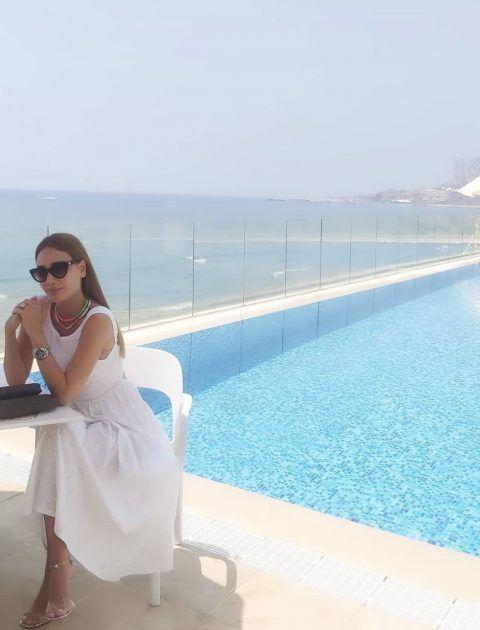 داليدا عياش على المسبح