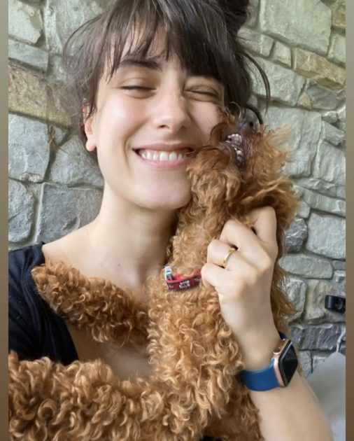 هازال كايا وكلبها