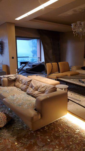 تحطم منزل اليسا