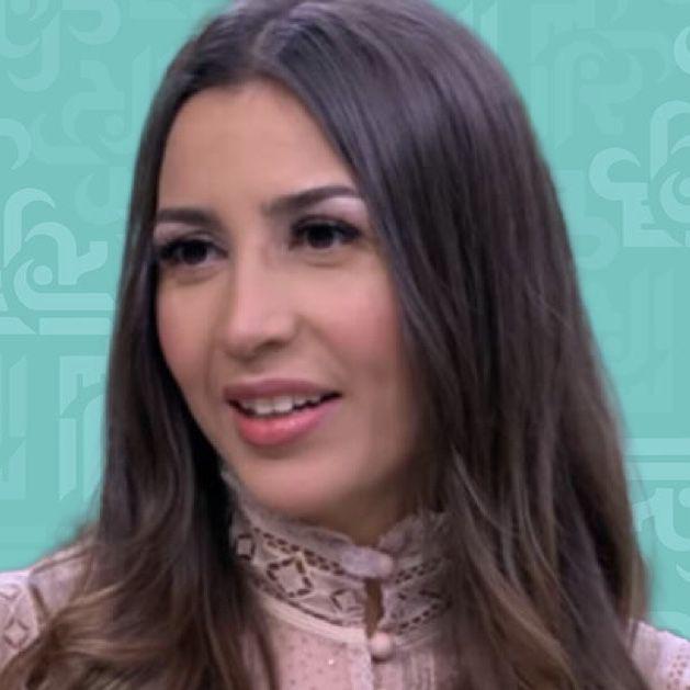 جنات وسبب اختيار اسم چوليا لابنتها الثانية - فيديو