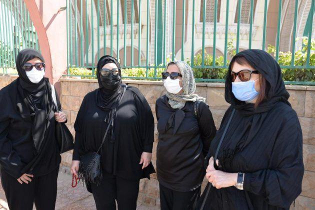 الممثلة دلال عبد العزيز