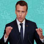 فرنسا تطالب الدول الإسلامية بعدم السماح بمقاطعة منتجاتها