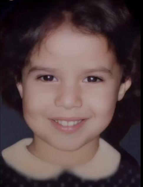 إيمي سمير غانم من طفولتها