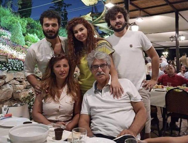 عباس النور وعائلته