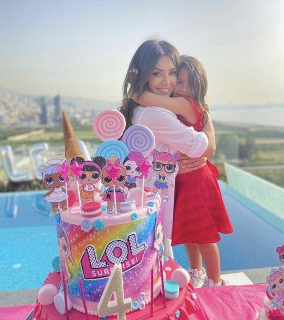 أمل بوشوشة تحتفل بابنتها والشبه لا يصدق! - صور