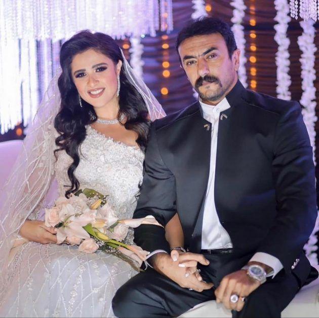 ياسمين عبد العزيز احتفلت بزفافها بعد عام من الزواج!