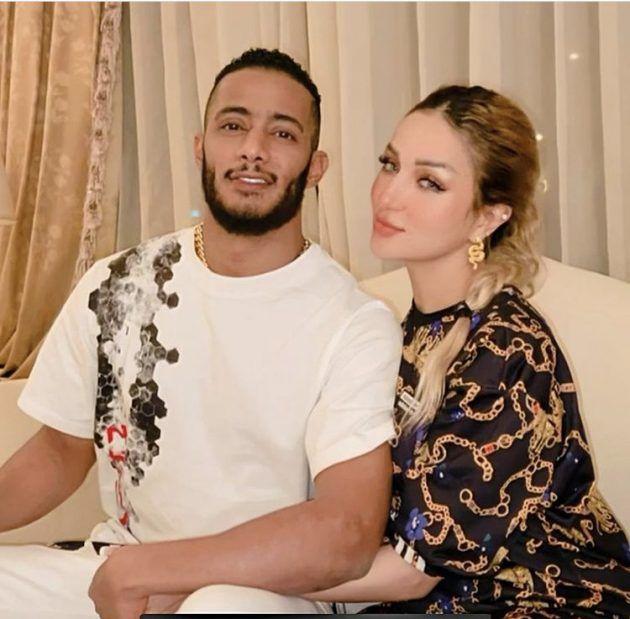 محمد رمضان مع زوجته وينهي الشائعات - صورة