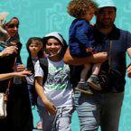لاجئون سوريون في لبنان ومخازن لبيع الأسلحة والمحروقات - صور