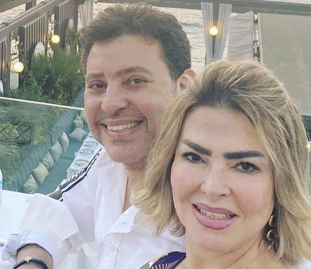 هاني شاكر وزوجته يجددان حبهما - صورة